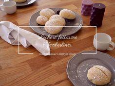 Wie wäre es einmal mit einer fettarmen Variante der Berliner Pfannkuchen? Ich habe es versucht und heraus kamen lockere Ofenberliner.