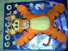 By Jose Rama Dinosaur Stuffed Animal, Cakes, Pillows, Toys, Animals, Design, Art Cakes, Artists, Activity Toys