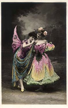 The Sum Of All Crafts: image collection-women (winged) Vintage Photos Women, Antique Photos, Vintage Photographs, Old Photos, Toy Theatre, Vintage Fairies, Beautiful Fairies, Fairy Art, Vintage Colors