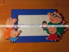 Peppa Pig photo frame Hama mini beads - Mi Propio Pixel Art con Hama Beads