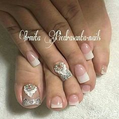 Elegantes Pedicure Designs, Pedicure Nail Art, Toe Nail Designs, Toe Nail Art, Mani Pedi, Simple Nail Art Designs, Beautiful Nail Designs, Bridal Nails, Wedding Nails