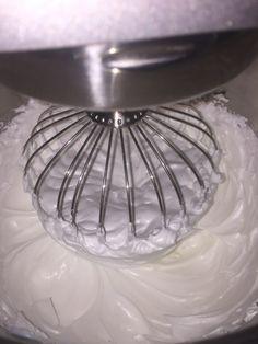 Verdens beste Kvæfjordkake | Verdens Beste Kake Food And Drink, Baking, Cake, Bread Making, Pie Cake, Patisserie, Backen, Cakes, Bread