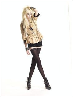 Google Image Result for http://oconeebells.files.wordpress.com/2010/03/taylor-momsen-jenny-humphrey-jenny-humphrey-8539794-469-625.jpg