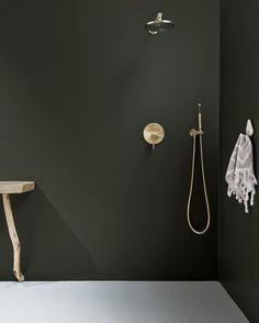 Interior Paint, Army Green, Industrial Design, Color Splash, Interior Inspiration, Kitchen Design, Wall Lights, Shades, Mirror