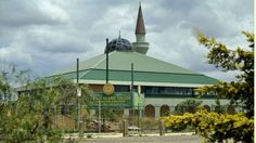 The principal of Victoria's largest Islamic school warns students off Islamic State, saying it is a plot by Western countries.