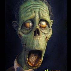 Zombie Dad is a full size latex bust, hand painted with acrylic teeth and vintage fedora. Arte Horror, Horror Art, Mascaras Halloween, Arte Black, Maquillage Halloween, Creepy Art, Sculpture Clay, Famous Monsters, Halloween Art