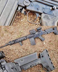 DS Arms modernized FAL from Recoil magazine : guns Tactical Rifles, Firearms, Tactical Survival, Weapons Guns, Guns And Ammo, Fal Rifle, Battle Rifle, Shooting Guns, Custom Guns