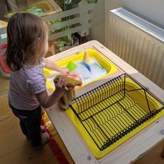 10 Activities to try with the Flisat Table Have you seen the IKEA Flisat children's table? It makes perfect sense for sensory play and helps to minimise mess. 10 activities with the flisat table. Montessori Activities, Infant Activities, Learning Activities, Activities For Kids, Montessori Toddler Rooms, Montessori Playroom, Montessori Homeschool, Stem Activities, Sensory Table