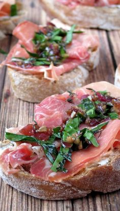 Prosciutto Crostini with Goat Cheese | YummyAddiction.com