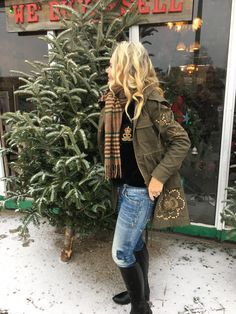 Picking up the Christmas tree!🎄 Wearing Red Valentino coat, vintage Ralph Lauren collection knit scarf, Ralph Lauren Collection sweatshirt & DSquared jeans