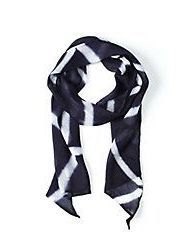 artisnal scarf, a gift for the one who loves to accessorize (Holiday Giveaway Pin)