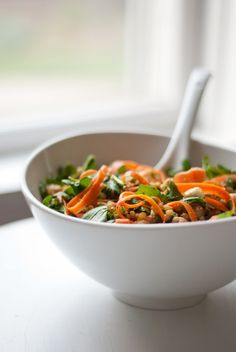 Arugula, Carrot and Chickpea Salad with Wheat Berries - Cookie and Kate one of my favorite blogs!