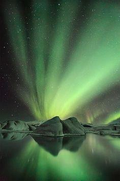 ✯ The beautiful and unique Jökulsárlón glacier lagoon under Aurora display in winter, Iceland