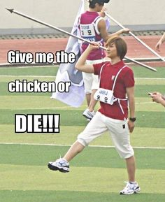 OMG WHERE'S ONEW'S CHICKEN Y'ALL?!? :D