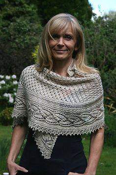 Ravelry: Miss Dashwood Shawl pattern by Paulina Popiolek  #knitted #shawl #afs collection