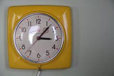 Vintage GE Kitchen Clock