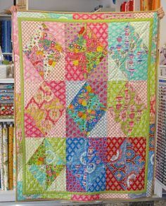 free patterns for layer cakes | Angie Quilts: New Sue's Quilt