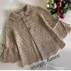 İyi akşamlar 😘🌸 #photo @orgu_hanesi 👏👏👏 . Diger sayfalarım 👇👇 @mustafayazicioglu_dunyagrafik . @orguhoby . @orgu_crochet . @hoby_knit .… Baby Knitting Patterns, Knitting Designs, Baby Patterns, Crochet Patterns, Crochet Baby, Crochet For Kids, Knit Crochet, Baby Sweaters, Girls Sweaters