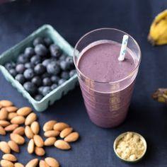 Blueberry Ginger Almond Milk Smoothie