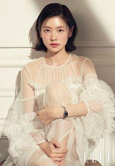 Jung So Min 정소민 – Sesión de fotos para la revista Elle Korea (febrero [Relojes Tissot] Jung So Min, Short Hair Cuts, Short Hair Styles, Beauty Shots, Korean Celebrities, Dream Hair, Short Bob Hairstyles, Actor Model, Korean Actresses