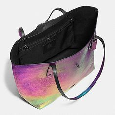 Market Tote in Hologram Leather