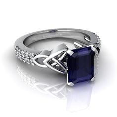 Beautiful sapphire ring with Celtic knotwork