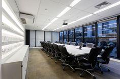 Projeto de Arquitetura de Interiores e reforma desenvolvido para o escritório da IGC, no Jardim Europa, em São Paulo - SP, pela Asenne Arquitetura.