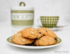 A chi non piacciono i biscotti? La mattina con il latte, durante una pausa con un buon caffè, per tè con le amiche... Ecco una ricetta facilissima per biscotti davvero deliziosi!!!