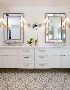Jaimee Rose Interiors used our Normandy cement tile in her renovation of this master bathroom.  Tiles in stock & available here: https://www.granadatile.com/shop/en/web/item/80000310-1298321478