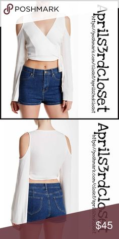 """Cold Shoulder Blouse Crop Top 💟NEW WITH TAGS💟 ***Made in the USA  SOLE MIO Cold Shoulders Crop Top Blouse  * Surplice neck  * Front tie detail   * Long sleeves w/ cold shoulder cut outs  * Approx 22"""" long   * Lightweight, chiffon - like fabric  * Made in the USA   FABRIC- Rayon blend Color- Ivory Item#:  SEARCH #  🚫No Trades🚫 ✅ Offers Considered*✅ *Please use the blue 'offer' button to submit an offer Sole Mio Tops Crop Tops"""