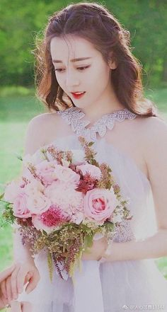 Cute Couple Wallpaper, Classy Girl, Girly Pictures, Chinese Actress, Beautiful Asian Women, Woman Crush, Ulzzang Girl, Sweet Girls, Girl Photography