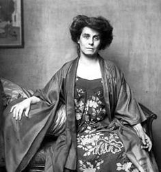 Berta Zuckerkandl (1864-1945) was a salonière and well-known journalist whose salon became the meeting point for the Viennese avant-garde. It was here that Gustav Klimt and other artists conceived their idea of a modernist artists' association, the Viennese Secession. Gustav Mahler met his future wife Alma Schindler in Zuckerkandl's drawing room, and the famous Wiener Werkstätte, a group of designers eager to simplify the overloaded artistic style prevalent in the late 19th century.