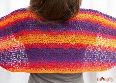 Ravelry: Sunset Shawlette pattern by Tamara Kelly