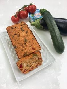 Cake léger thon, ratatouille et semoule Ratatouille, Cake Light, Ww Recipes, Healthy Recipes, Cheesecake Pancakes, Bowl Cake, Salty Cake, Weight Watchers Meals, Cheesecakes