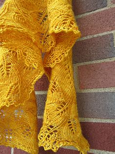 Ginkgo shawl.....pattern is a free download on ravelry