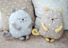 PicMonkey: Design That Works - coussin chat faisant la sieste Sleeping Stuffed Cat Pillows Toy (Inspiration, No Pattern, No Tutorial) pillow ideas 2020 Unicorn Pillow, Cat Pillow, Sewing Room Storage, Cute Sketches, Pillow Inspiration, Machine Embroidery Projects, Cat Room, Cat Sleeping, Diy Pillows