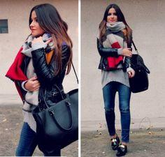 Big scarf, jeans and moccasins  - więcej na stylizacje.pl