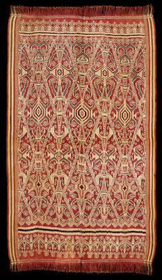 Daniel Shaffer introduces an online exhibition and sale of Iban Dayak textiles from Borneo, collected during the and by the peripatetic tribal art collector/dealer Thomas Murray. Textile Pattern Design, Textile Patterns, Pattern Art, Colour Pattern, Indonesian Art, Rugs On Carpet, Carpets, Pua, Vintage Textiles