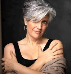New Short Hairstyles for Women 2019 - Summer Fashion Over 60 Hairstyles, Curly Pixie Hairstyles, New Short Hairstyles, Short Hairstyles For Women, Curly Hair Styles, Cool Hairstyles, Short Hair Over 60, Short Grey Hair, Short Hair Cuts For Women