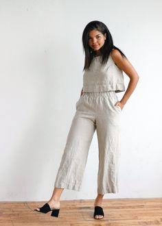 Della Pant - Dallas Daws White Pants, Black Pants, Polished Look, Wide Leg Pants, Elastic Waist, That Look, Jumpsuit, Legs, Casual
