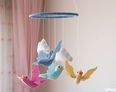 Bird Baby Mobile Bird Nursery Mobile Felt Bird by DreamFlakeShop Seahorse Nursery, Bird Nursery, Pastel Nursery, Rainbow Nursery, Nursery Decor, Themed Nursery, Nursery Ideas, Baby Mobile Felt, Baby Crib Mobile