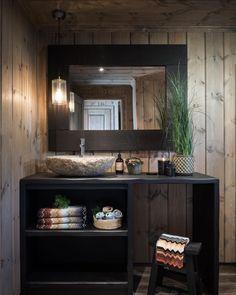 Cabin Homes, Log Homes, Moroccan Bathroom, Montana Homes, Maine House, Interior Design, Decoration, Skagen, Mountains