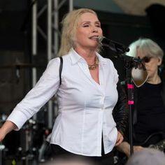 Debbie Harry would perform nude