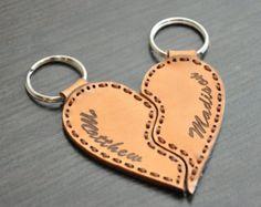 Engraved Double Heart Keychain - Google'da Ara