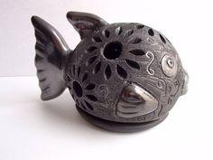 Pez de Barro Negro de Oaxaca. Artesanía Méxicana, lámpara para vela.
