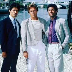 Don Johnson, Miami Vice, Vice Tv Show, Moving Pictures, Classic Tv, 80s Fashion, Tv Series, Serie Tv, Bad Boys