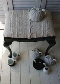 great idea using an old sweater for upholstery...I have a couple of chairs that are looking for new covers