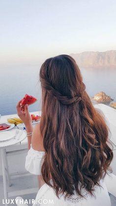 Dreamy breakfast in Santorini with beautiful, long Seamless @luxyhair extensions in Chocolate Brown. Photo: @liliyakay