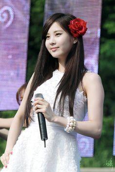 seohyun taetiso @ KyungBok High School Festival (Hyunhock)