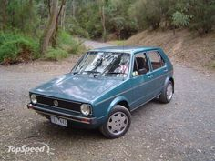 The volkswagen golf mark 1 and mark 5 badged as volkswagen rabbit in north america is a compact car small family car manufactured by volkswagen. Golf 1, Volkswagen Golf Mk1, Vw Classic, Vw Group, Ad Car, Car Colors, Ford, Automobile, Vintage
